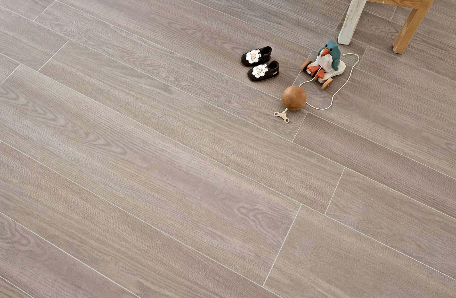 Pavimenti effetto legno bergamo milano mombrini ingrocer